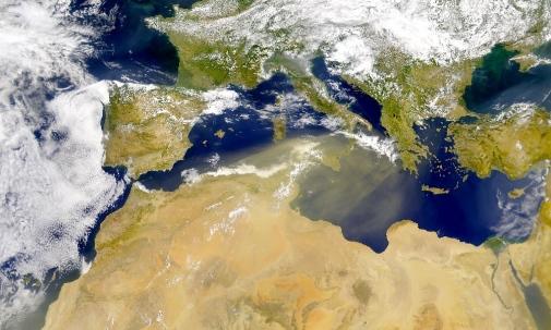 A Midsummer Day's treat: Saharan dust over Stockholm - Stockholm