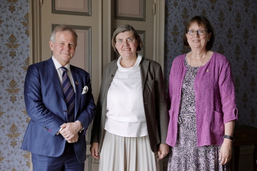 Presidents Ole Petter Ottersen, Astrid Söderbergh Widding and Sigbritt Karlsson. Photo: Niklas Björling