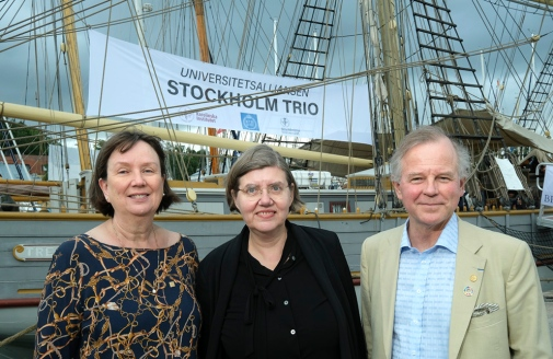 The three presidents: Sigrid Karlsson (KTH), Astrid Söderbergh Widding (SU) and Olle Petter Ottersen (KI) aboard the ship Briggen Tre Kronor.
