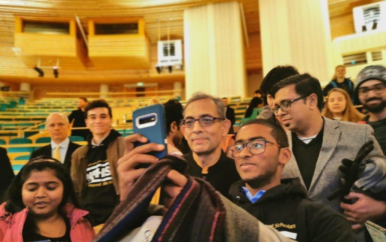 Students enjoyed meeting Abhijit Banerjee, Nobel Laureate in economic sciences.
